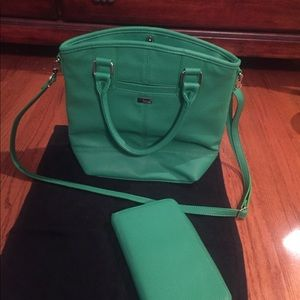 Jewel thirty one purse and wallet to match